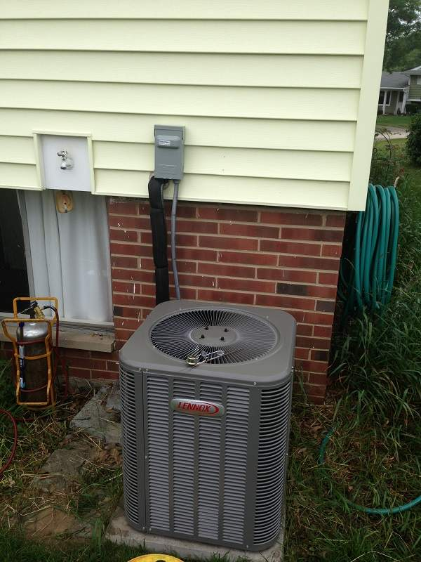 Maintenance and Repair on an air conditioning unit in Westlake Ohio